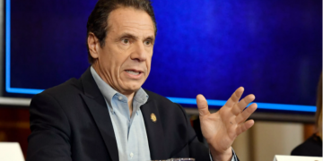 Big Telecom pushes back New York's new low-income broadband law